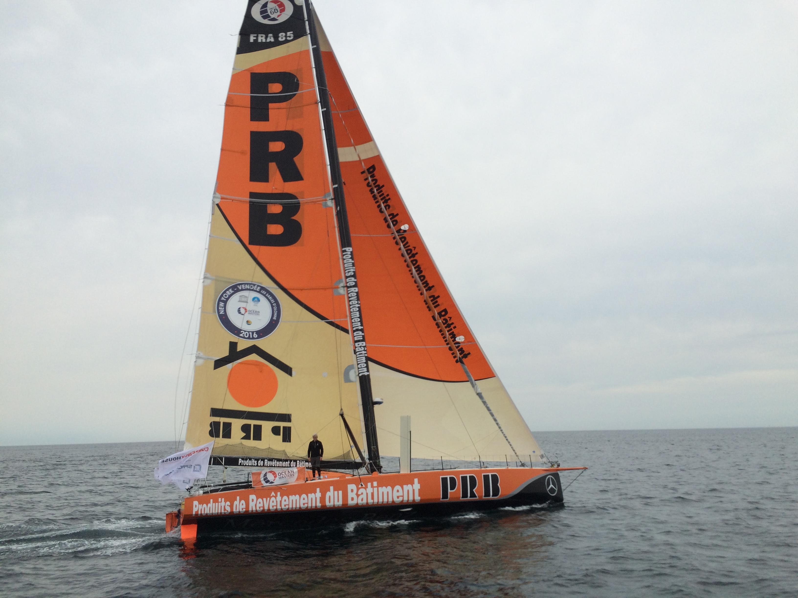 Une dernière révision pour le bateau PRB avant le Vendée Globe apercu